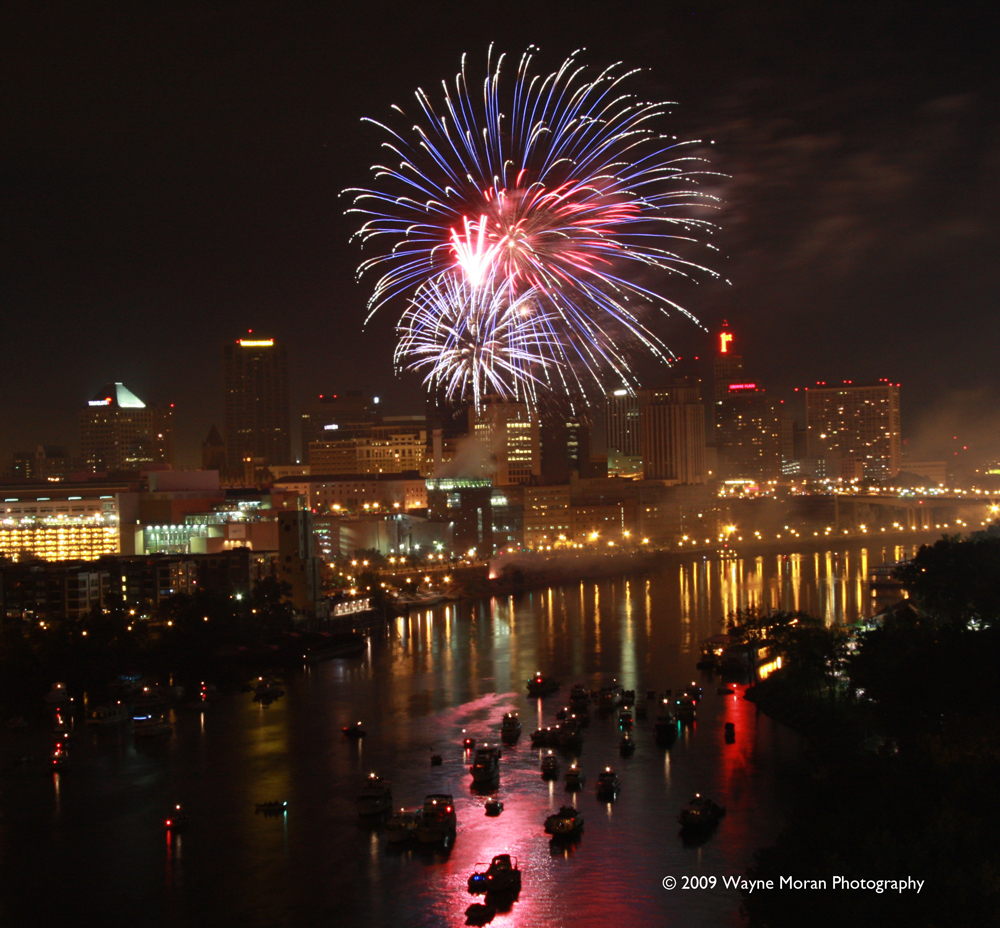 4th of July Taste of Minnesota How to photograph fireworks displays